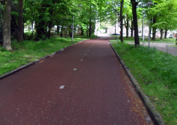 Het rode fietspad in Tilburg